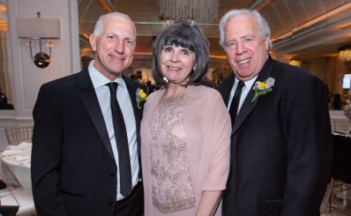 $220,000 Raised At Good Samaritan Hospital's Spring Ball  to Support Ongoing Investments In Healthcare